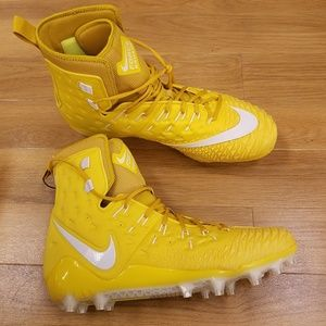 Nike Force Savage Elite Football Cleats Mens 17